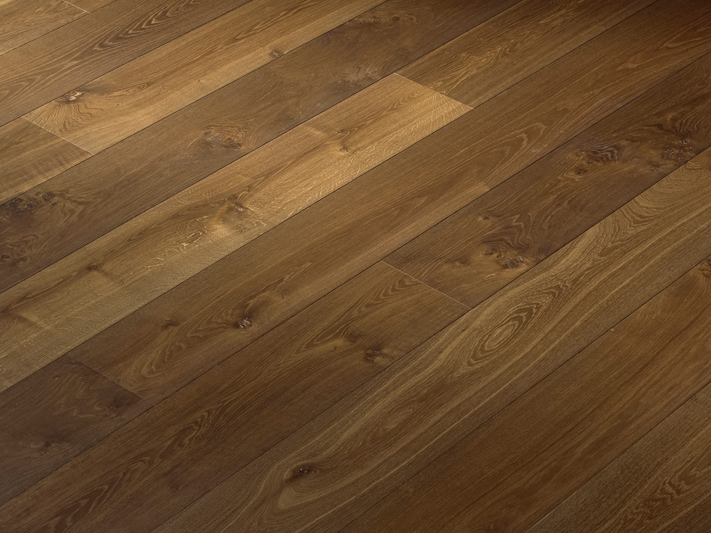 Wide-Plank-Oak-Flooring-Hakwood-Promise Finish